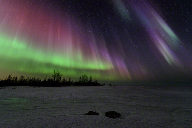 Colorful aurora, strong geomagnetic storm