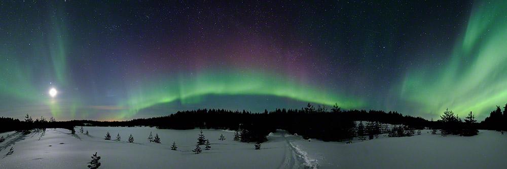 350° Aurora borealis