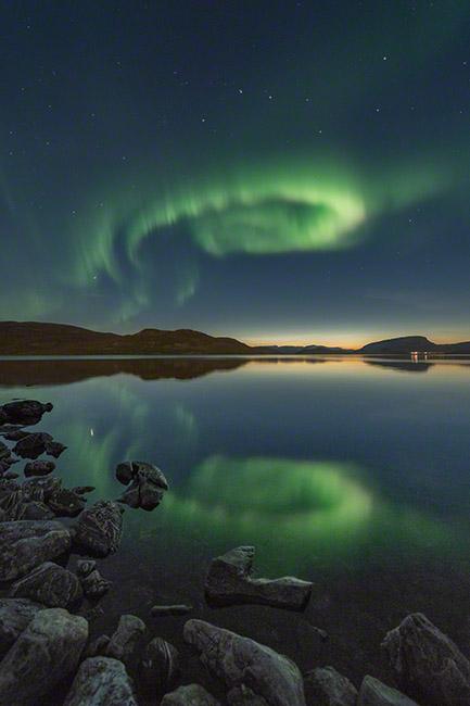 Wonderful aurora reflections
