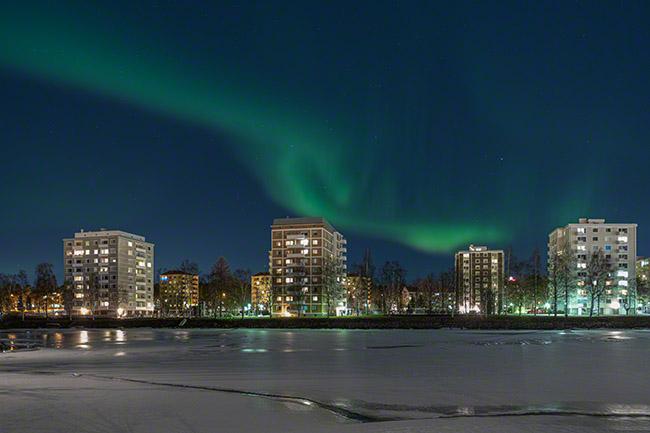 Auroras above Toivoniemi, Oulu